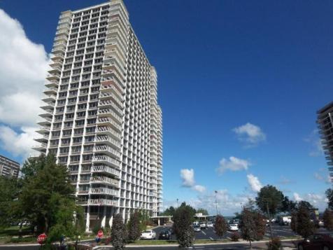 Luxury Apartments Lakewood Ohio