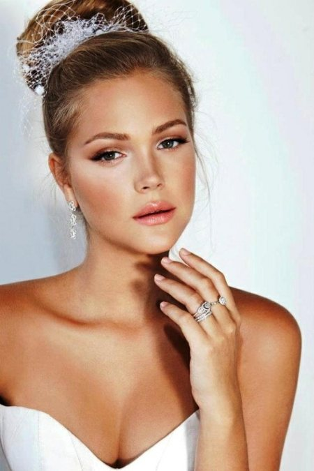 Perfect Bridal Makeup Images : The Perfect Tan for the Bride-To-Be