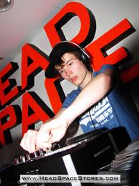 Head Space Stores - Live DJ Sets - DJ Eptune